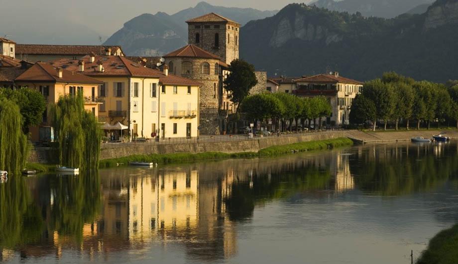 Storia di Venezia - Suggestivo scorcio del Lago di Brivio