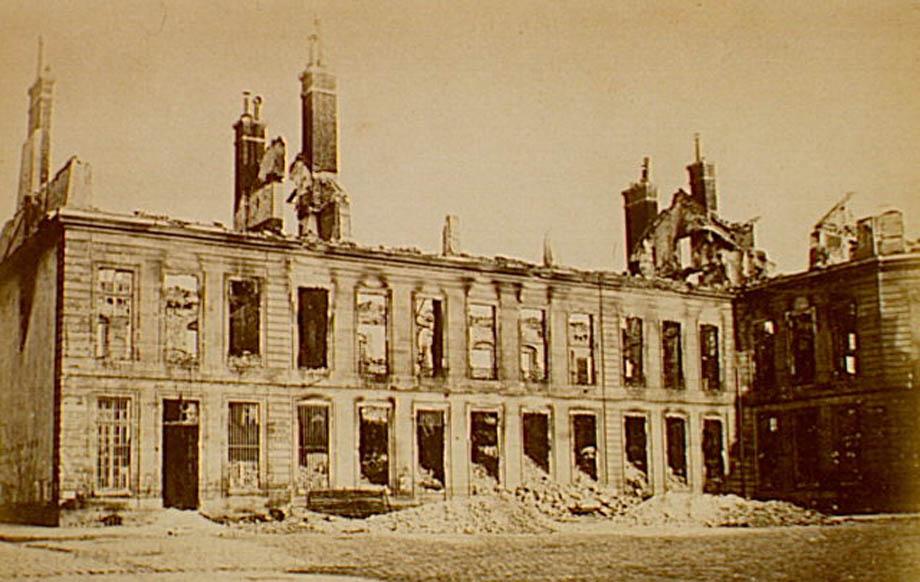 Quel che rimaneva dell'Arsenale di Parigi nel 1871