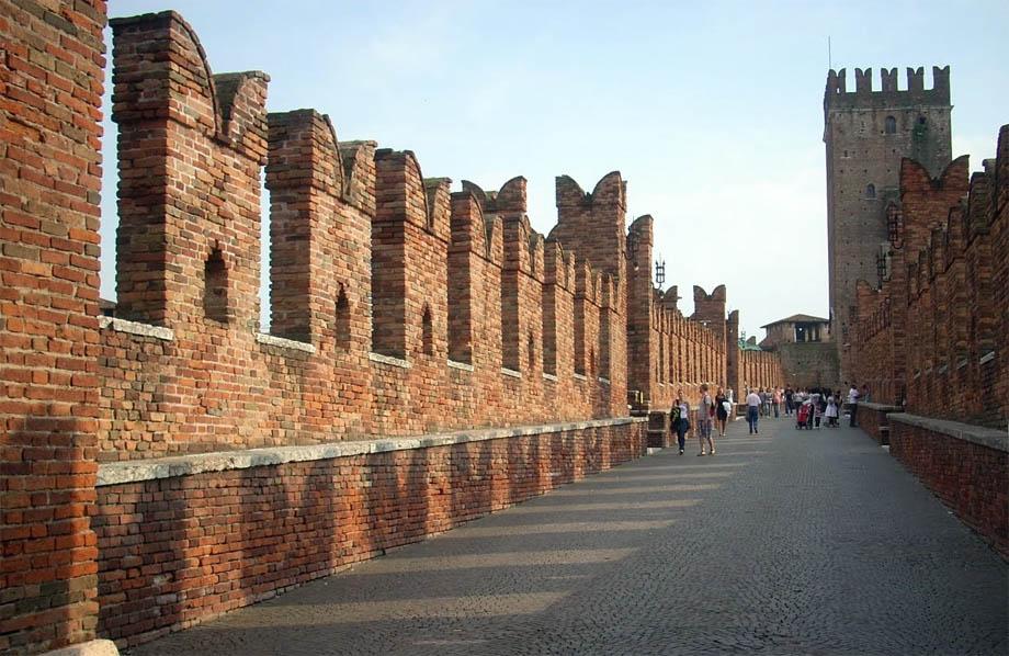Storia di Venezia - Verona ponte murato di Castelvecchio